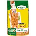 Корм для домашних кошек FRISKIES с курицей и садовой зеленью, 1,5кг