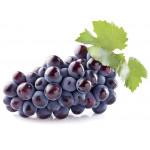 Виноград черный в корзинке