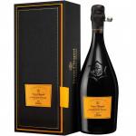 Шампанское VEUVE CLICQUOT La Grande Dame 0,75 л в подарочной упаковке